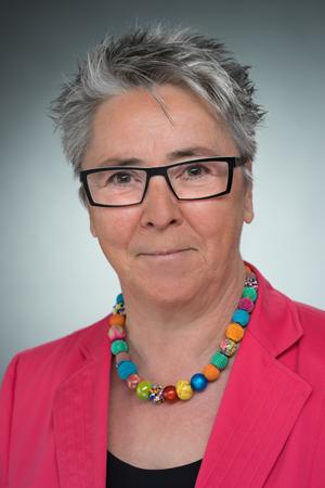 Textilingenieruin Jutta Knels wechselt von OEKO-TEX ans PFI